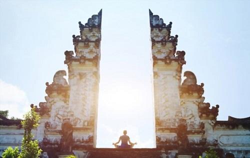 8 Best Bali Yoga Retreat Resorts for Yogis to Replenish Energy